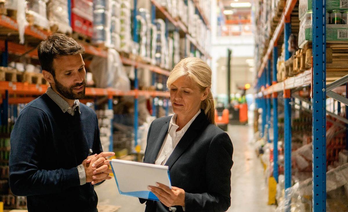 Karriere Duales Studium BWL Handel Warenwirtschaf und Logistik